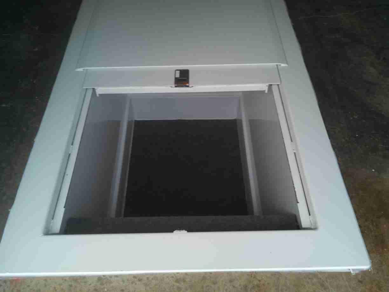 Car Underground Shelter : Lifeguard underground garage storm shelter